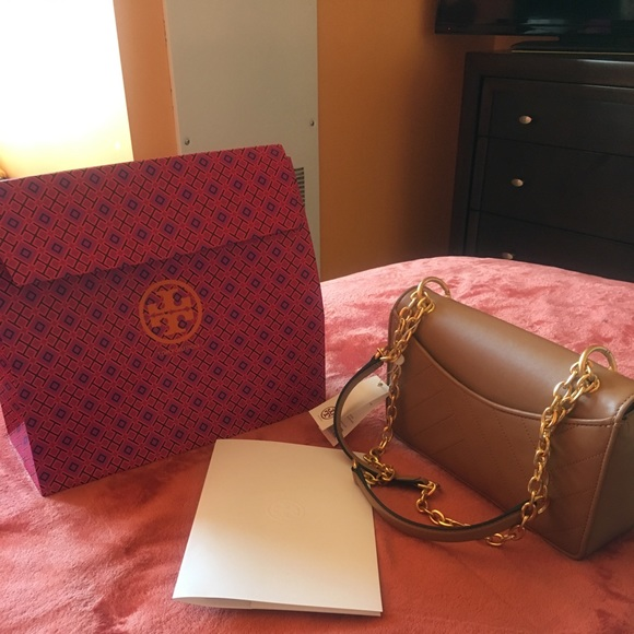 7303f433a4e3 NEW Tory Burch Alexa Shoulder Bag Aged Vachetta